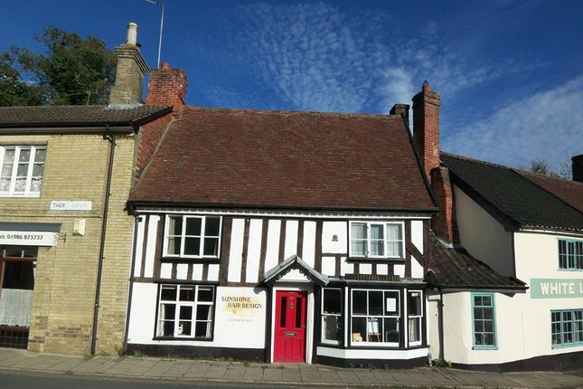 Thumbnail Terraced house for sale in Thoroughfare, Halesworth