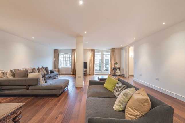 Thumbnail Flat to rent in Cardamom Building, Shad Thames, London