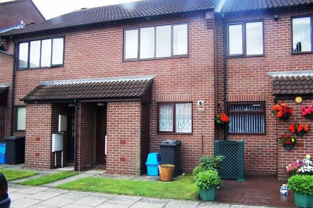Thumbnail Terraced house to rent in Saxon Mill Lane, Tamworth