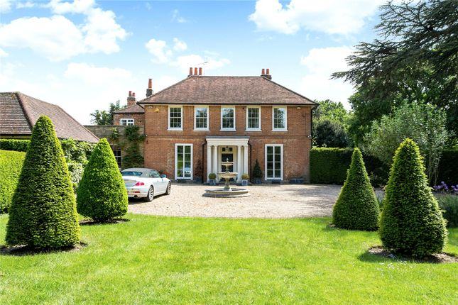 Thumbnail Property for sale in Richings Way, Iver, Buckinghamshire