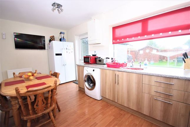 Kitchen of Wansbeck Road, Hull HU8