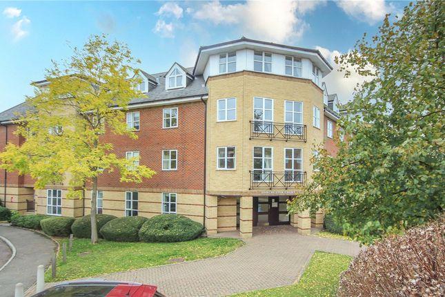 2 bed flat for sale in Dorchester Court, Dexter Close, St. Albans, Hertfordshire AL1