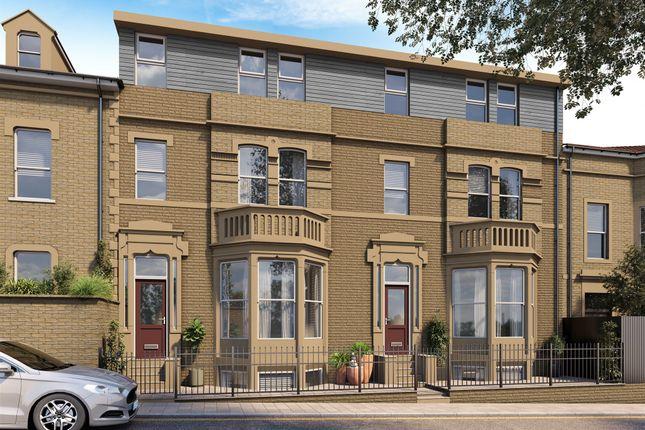 3 bed flat for sale in Prescott Street, Halifax HX1