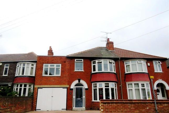 Thumbnail Property to rent in Welbeck Road, Doncaster
