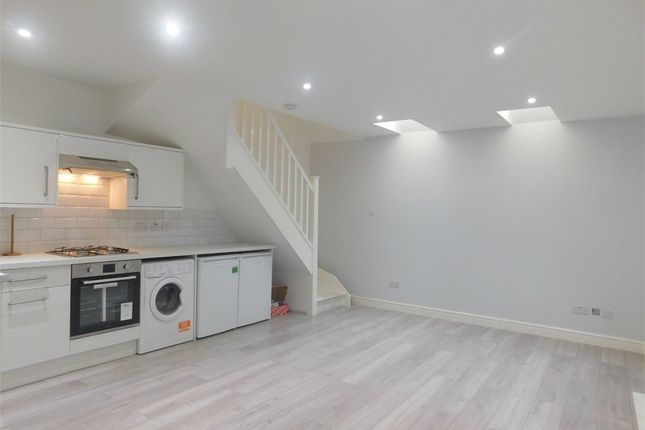 Thumbnail Detached house to rent in Boston Road, Hanwell, London