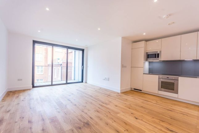 Thumbnail Flat to rent in Westbourne Place, Westbourne Park