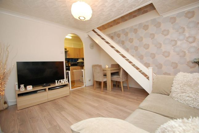 Thumbnail Flat to rent in Mansard Close, Hornchurch