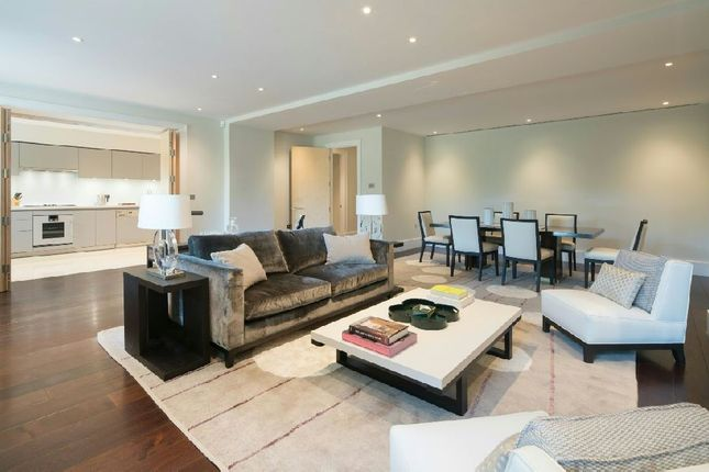 Thumbnail Flat for sale in Furnival House, Cholmeley Park, Highgate Village
