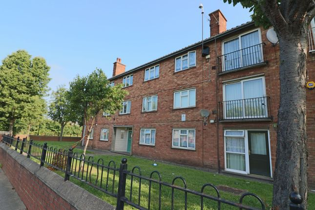 3 bed flat for sale in Sussex Court, Grimsby DN32