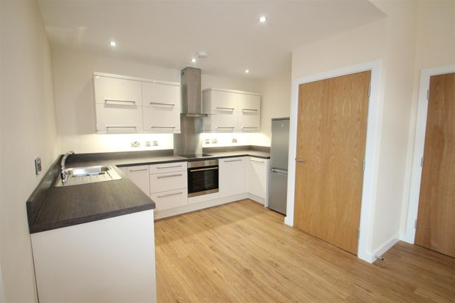 Thumbnail Flat for sale in Melton Road, Syston, Leicester