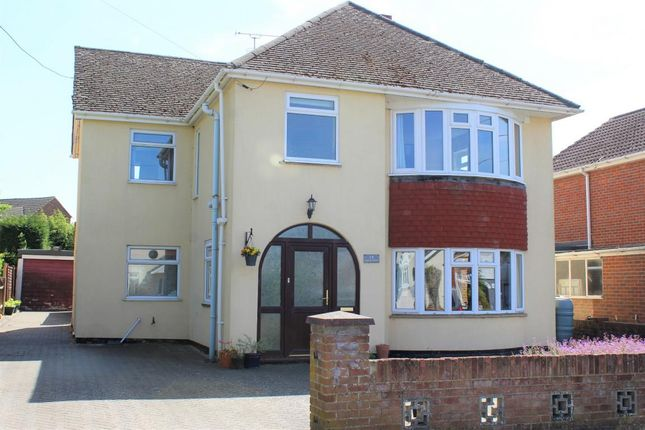 Thumbnail Detached house for sale in Glenmount Road, Mytchett