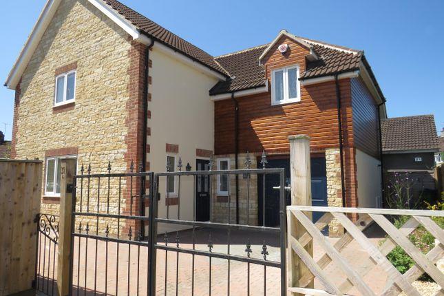 Thumbnail Property to rent in Elmwood, Chippenham