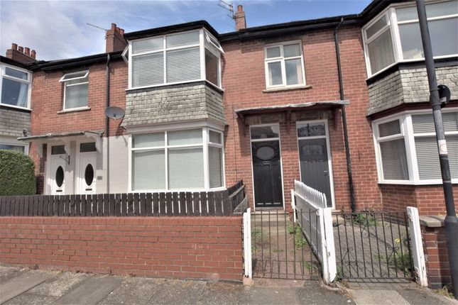 Thumbnail Flat for sale in Biddlestone Road, Newcastle Upon Tyne