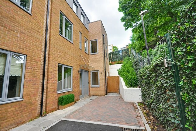 Thumbnail Town house for sale in Gibsons Place, Brentford