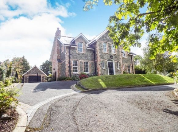 Thumbnail Detached house to rent in Sandringham Court, Hillsborough
