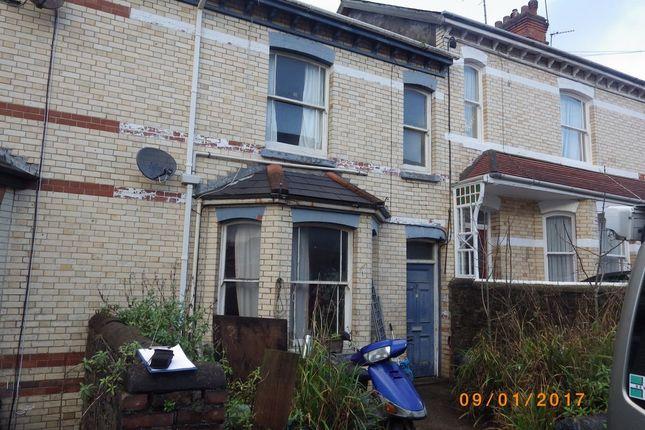 Thumbnail Flat to rent in Lime Grove, Bideford