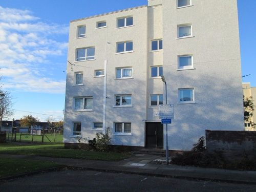 Thumbnail Flat to rent in Rathlin House, Pleasantfield Road, Prestwick