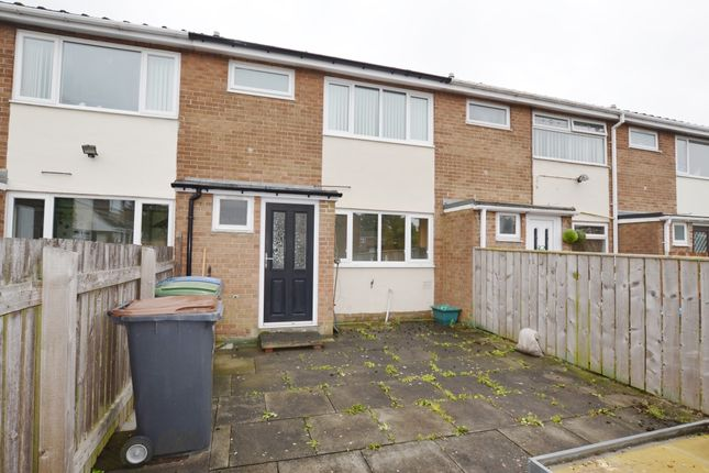 Thumbnail Terraced house to rent in Oakwood, Catchgate, Stanley