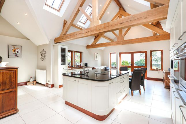 Thumbnail Property for sale in Pratt Hall, Cutthorpe, Chesterfield