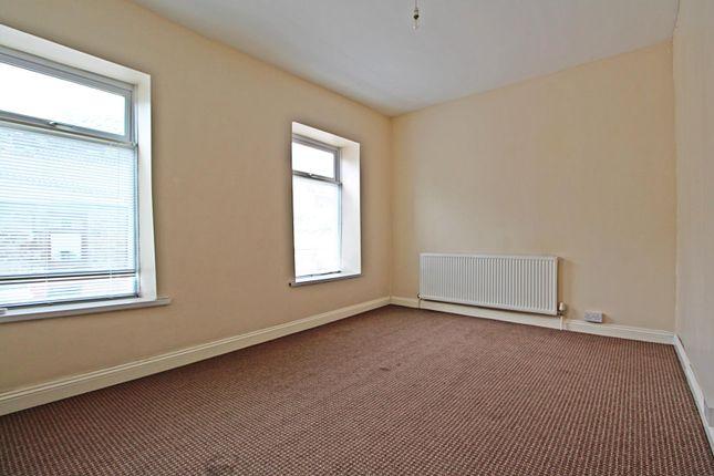 Room 1 of Llewellyn Street, Pontygwaith, Ferndale, Rhondda Cynon Taff CF43