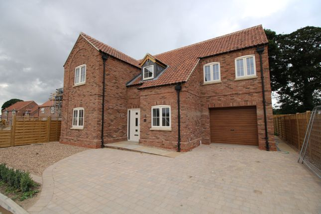 Thumbnail Detached house for sale in Hutton Cranswick, Driffield