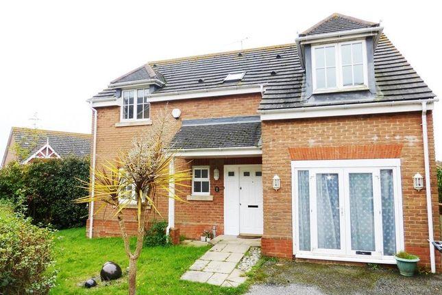 Thumbnail Property to rent in Coxheath Close, St. Leonards-On-Sea