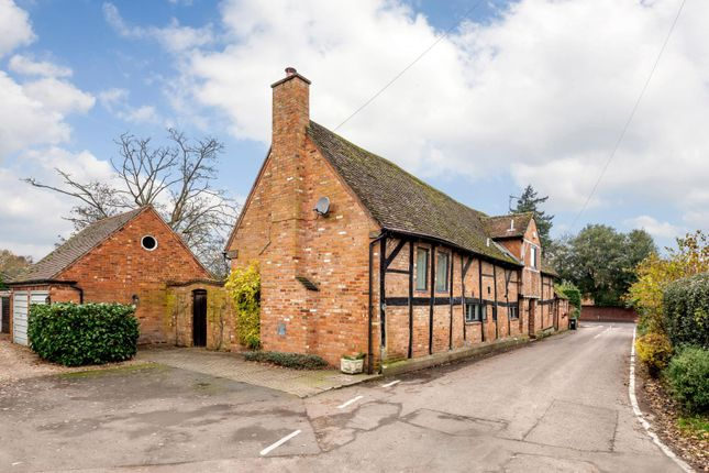 Thumbnail Barn conversion for sale in Church Lane, Barford, Warwick, Warwickshire
