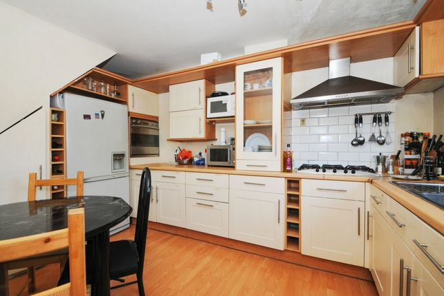 Thumbnail Maisonette for sale in Ellsworth Street, London