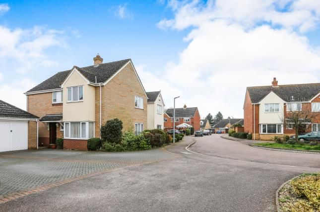 Thumbnail Detached house for sale in Bickerdikes Gardens, Sandy, Bedfordshire
