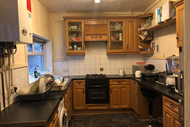 Thumbnail Room to rent in Vine Street, Manchester