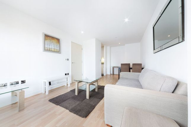 2 bed flat to rent in Westgate Apartments, 14 Western Gateway, Royal Victoria, London
