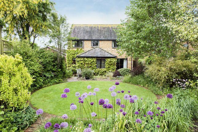 Thumbnail Detached house for sale in Wardington, Banbury