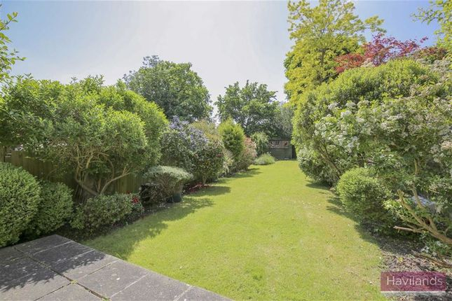 Thumbnail Semi-detached house for sale in Fernleigh Road, London