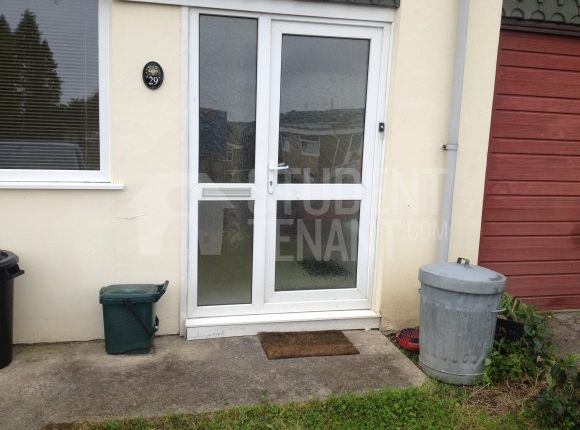 Thumbnail Shared accommodation to rent in Heol Y Wawr, Carmarthen, Carmarthen
