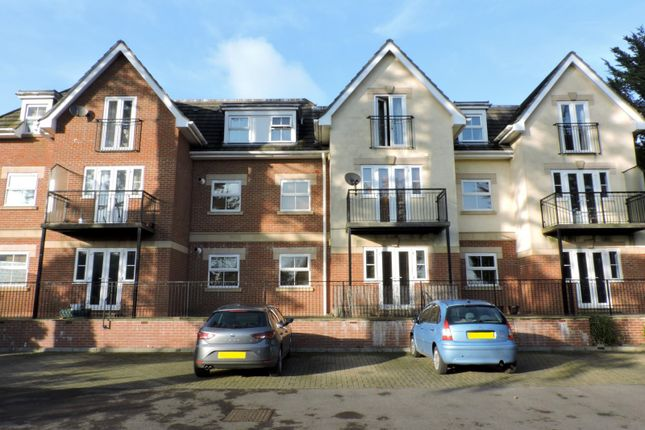 Thumbnail Flat to rent in The Avenue, Fareham