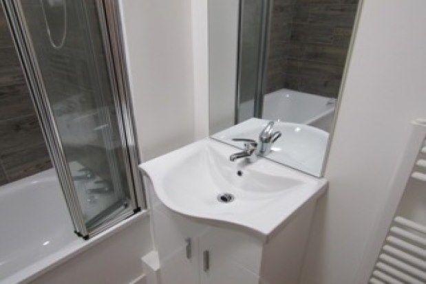 Thumbnail Studio to rent in 19 Queen Street, Newton Abbot