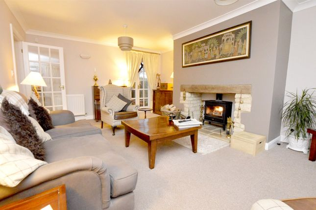 Picture No. 17 of September Cottage Selsley Road, North Woodchester, Stroud, Gloucestershire GL5