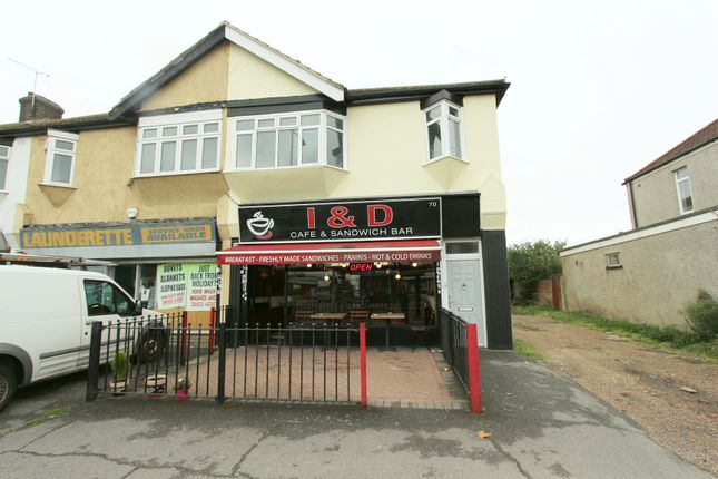 Thumbnail Flat for sale in Rainham Road, Romford