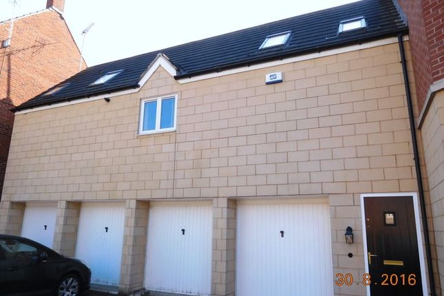 Thumbnail Property to rent in Shawbury Avenue Kingsway, Quedgeley, Gloucester