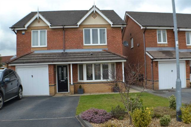 Thumbnail Detached house to rent in Greenwich Avenue, Widnes