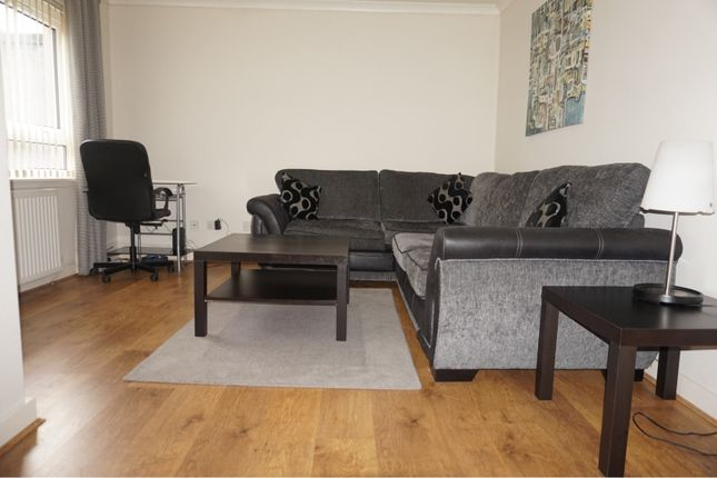 Thumbnail Flat for sale in Bankside Avenue, Johnstone
