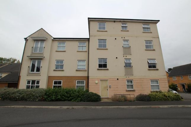 Thumbnail Flat to rent in Oak Leaze, Patchway, Bristol