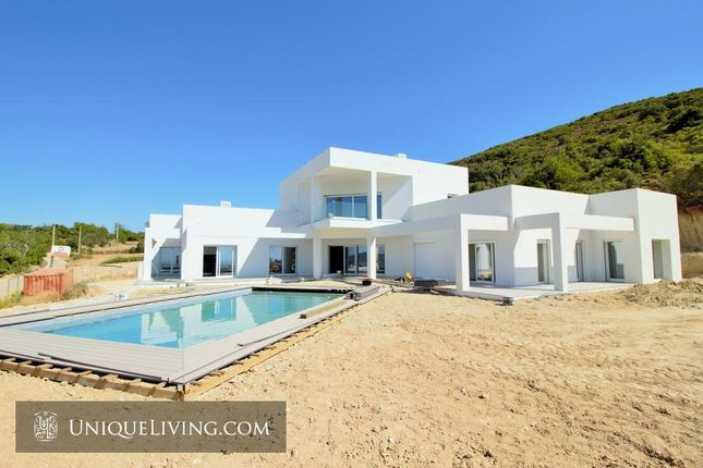 Thumbnail Villa for sale in Golden Triangle, Central Algarve, Portugal