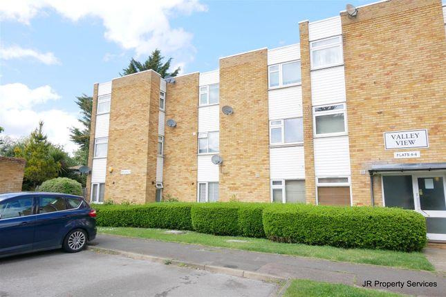 2 bed flat for sale in Valley View, Goffs Oak, Waltham Cross EN7