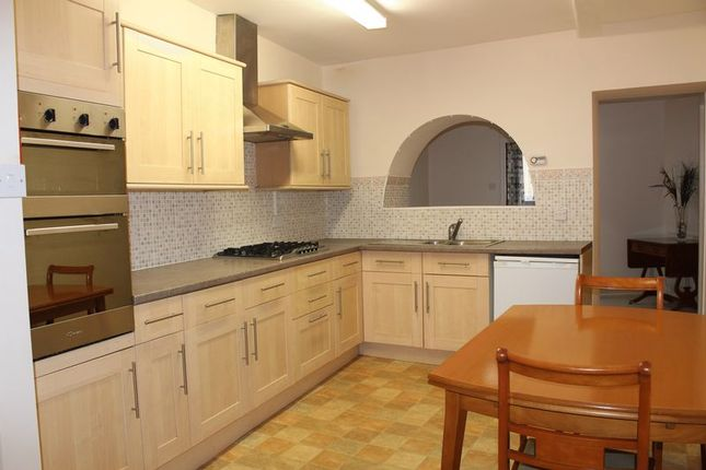 Thumbnail Flat to rent in Wood Street, Calne