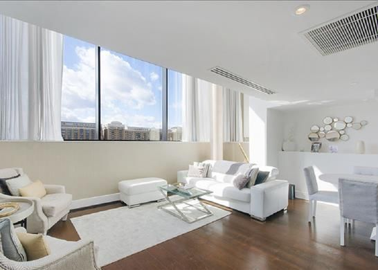 Thumbnail Flat to rent in Tower View Apartments, Wapping, London