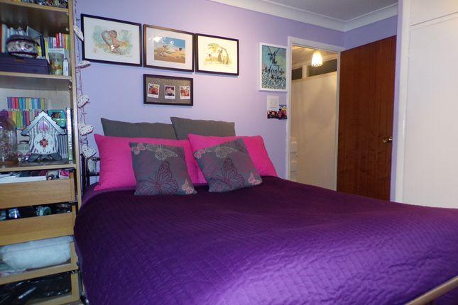 Bedroom 1 of Evenden Road, Meopham, Gravesend DA13