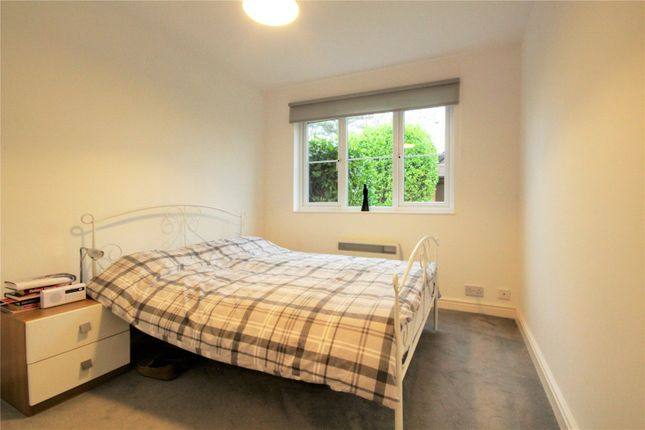 Picture No. 10 of Mansell Court, Shinfield Road, Reading, Berkshire RG2
