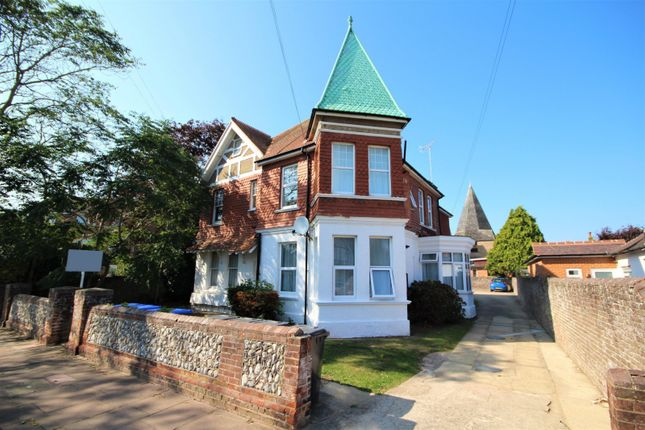 1 bed flat to rent in Reigate Road, Worthing BN11