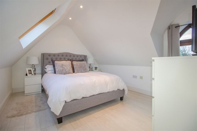 Bedroom of Matham Road, East Molesey KT8